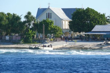 Nukunonu Atoll seaside is one of the regions of the world vulnerable to the impact of the climate change. UN Photo/ Ariane Rummery (file photo)