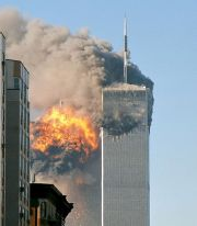 **North face south tower after plane strike 9-11 | Author: Robert on Flickr | Wikimedia Commons