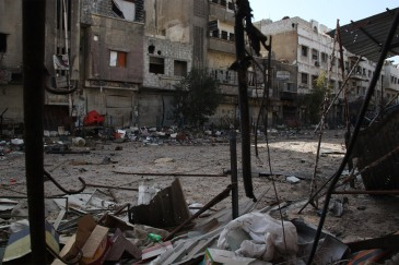 Palestinian refugees living in active conflict areas in Syria such as Yarmouk, Khan Eshieh and the Dera'a surroundings, face brutal hardships. Photo: UNRWA/Taghrid Mohammed