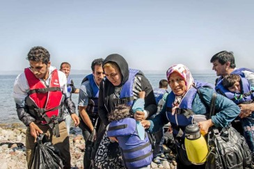 Dozens of refugees arrived in Greece by sea in July 2015, mainly from countries experiencing war and conflict. Photo: UNHCR/J. Akkash