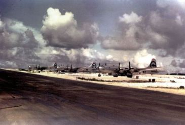 ******Aircraft of the 509th Composite Group that took part in the Hiroshima bombing. Left to right: Big Stink, The Great Artiste, Enola Gay | Photo taken by Harold Agnew on Tinian Island in 1945 | Source: private collection of Harold Agnew | Wikimedia Commons