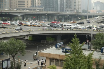 The World Bank is working with a number of large Chinese cities to help reduce traffic congestion and greenhouse gas emissions. Photo: World Bank/Wu Zhiyi