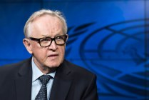 Martti Ahtisaari, former President of Finland and Nobel Peace Laureate, during an interview with the UN News and Media Division's news outlets in October 2015. UN Photo/Mark Garten