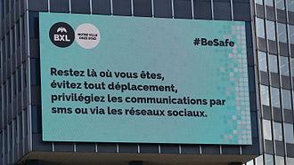Bruxelles_22_mars_2016_-_panneau_recommandations