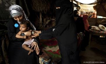660x400_carousel_Yemen-Midwife