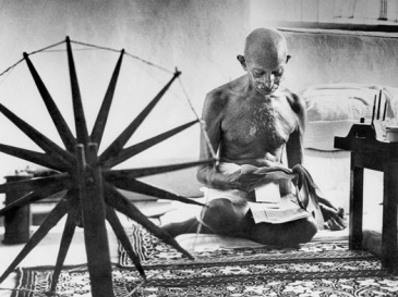 MKGandhi and his spinning wheel - Margaret Bourke White 1946