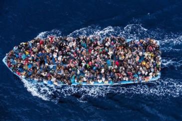 hcr-boat-refugees_-629x420