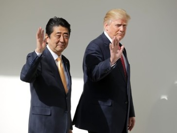 Abe-and-Trump-walking