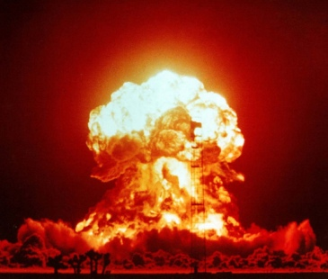 nuclear-atomic-blast-weapon