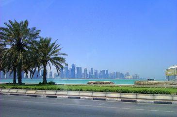 Doha_corniche_view_(2)