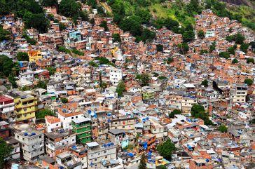 1200px-1_rocinha_favela_closeup