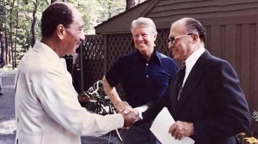 Camp_David,_Menachem_Begin,_Anwar_Sadat,_1978