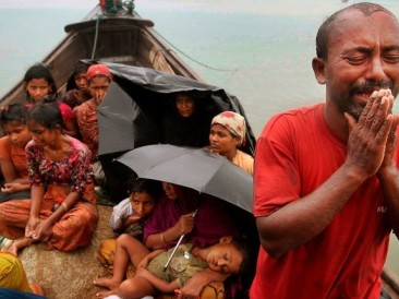 The-desperation-of-a-Rohingyas-family