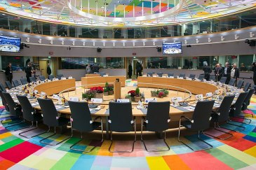 800px-European_Council_(38185339475)