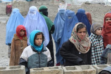Girls-and-mothers-waiting-for-their-duvets-in-Kabul-Photo-credit-Dr.-Hakim-768x512