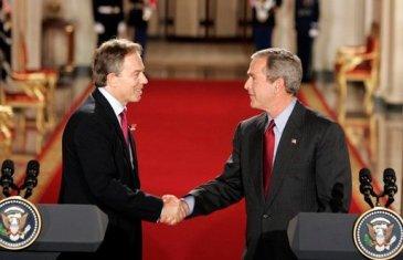 Blair_Bush_Whitehouse_(2004-11-12)