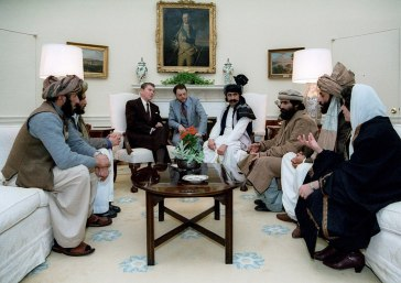 1024px-reagan_sitting_with_people_from_the_afghanistan-pakistan_region_in_february_1983