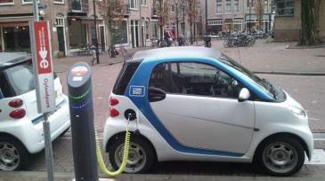 Top 10 climate 2 electric car charging, Amsterdam 2011, Ludovic Hirlimann_0