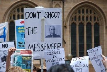 1024px-Sydney_Wikileaks_2010-Dec-10