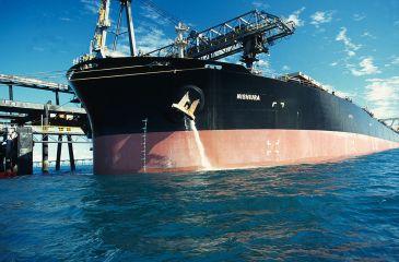 CSIRO_ScienceImage_1010_Discharging_ballast_water