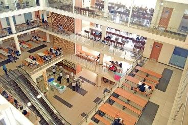 Kenya Uni 1 1280px-Strathmore_University_Student_Centre.jpg photo by Wikimedia.jpg