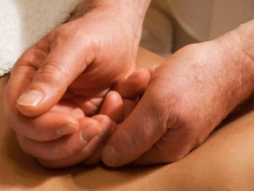 Tuina-is-different-from-other-forms-of-massage-with-specific-emphasis-on-medical-factor