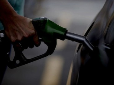 During-the-fuel-strike-35-percent-of-the-countrys-filling-stations-were-either-completely-out-of