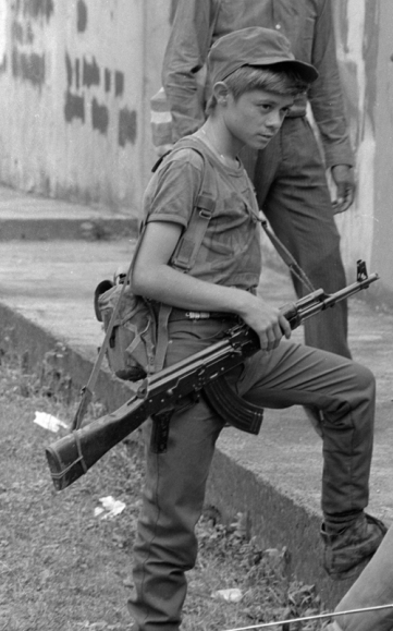 ERP_combatants_Perquín_1990_35.jpg