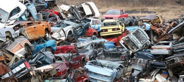 IRP_2_Wikimedia_Commons1280px-Pile_of_scrap_cars_(2143225359)