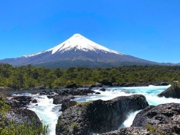 This-is-Chile-a-country-of-enormous-resources-that-a-few-have-appropriated