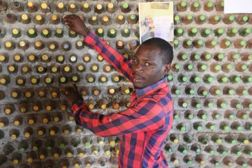 David-Mande-shows-walls-made-out-waste-bottles-or-ecobricks-1024x683