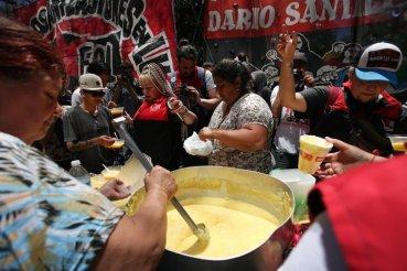 IMF_protest_Argentina.max-760x504