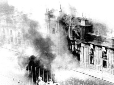 The-Palace-de-La-Moneda-bombed-during-the-1973-coup-detat-in-Chile