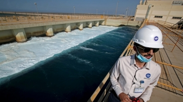 Desal_1_13_Oct_2020_Photo_by_Reuters_SAUDI-WATER-DESALINATION_(1)