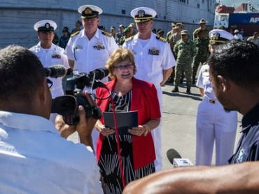 US-Ambassador-to-Timor-Leste-Kathleen-M-Fitzpatrick-toured-the-USNS-Fall-River-at-the-Port-of