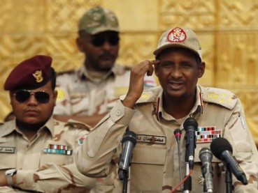 Sudans-mining-sector-is-dominated-by-Hemedti-and-Sudanese-security-actors
