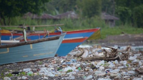 OceanImageBank_TheOceanAgency_Plastics_06_(1)