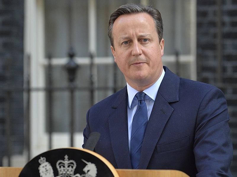800px-David_Cameron_announces_resignation